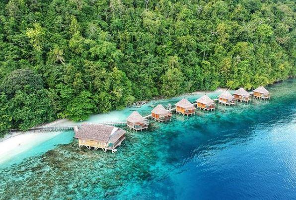 5 Pantai Indah Dari Indonesia Yang Di Sebut Mirip Dengan Wisata Pantai Luar Negeri
