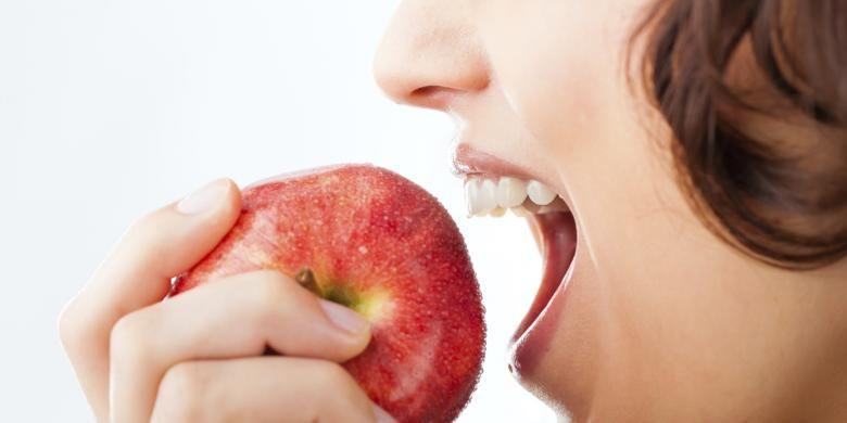 Beberapa Dampak Rugi Jika Mengupas Kulit Apel Untuk Kesehatan!