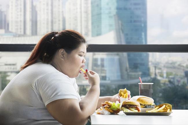 Binge Eating Disorder Dapat Membuat Orang Makan Terlalu Berlebihan